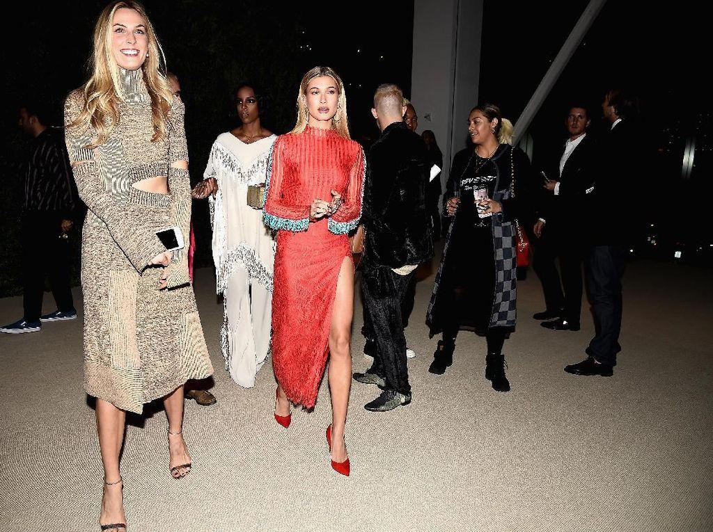 Penampilan Para Supermodel di Vogue Fashion Fund Awards