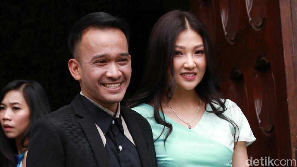 Ruben-Sarwendah Mau Nambah Momongan, Thalia Enggan Punya Adik