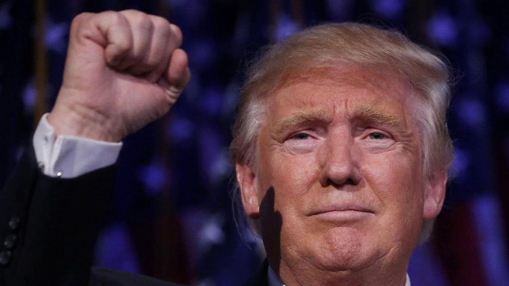 Trump Tuding Jutaan Warga Memilih Secara Ilegal Untuk Hillary dalam Pilpres AS