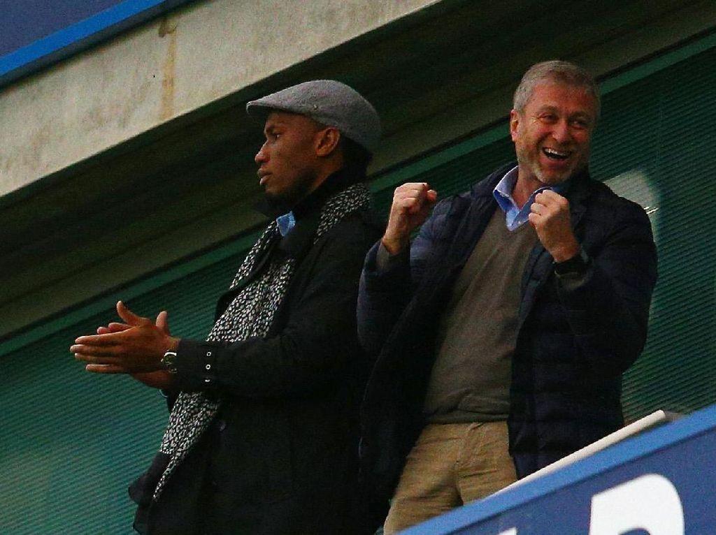 Chelsea Sudah Mampu Bikin Abramovich Tersenyum Lebih Lebar