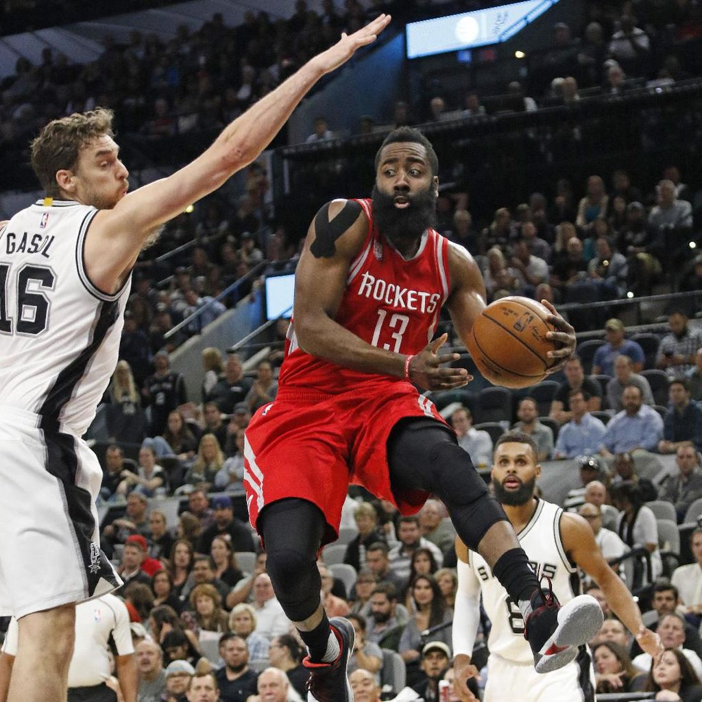 Rockets Beri Spurs Kekalahan Kandang Ketiga Beruntun