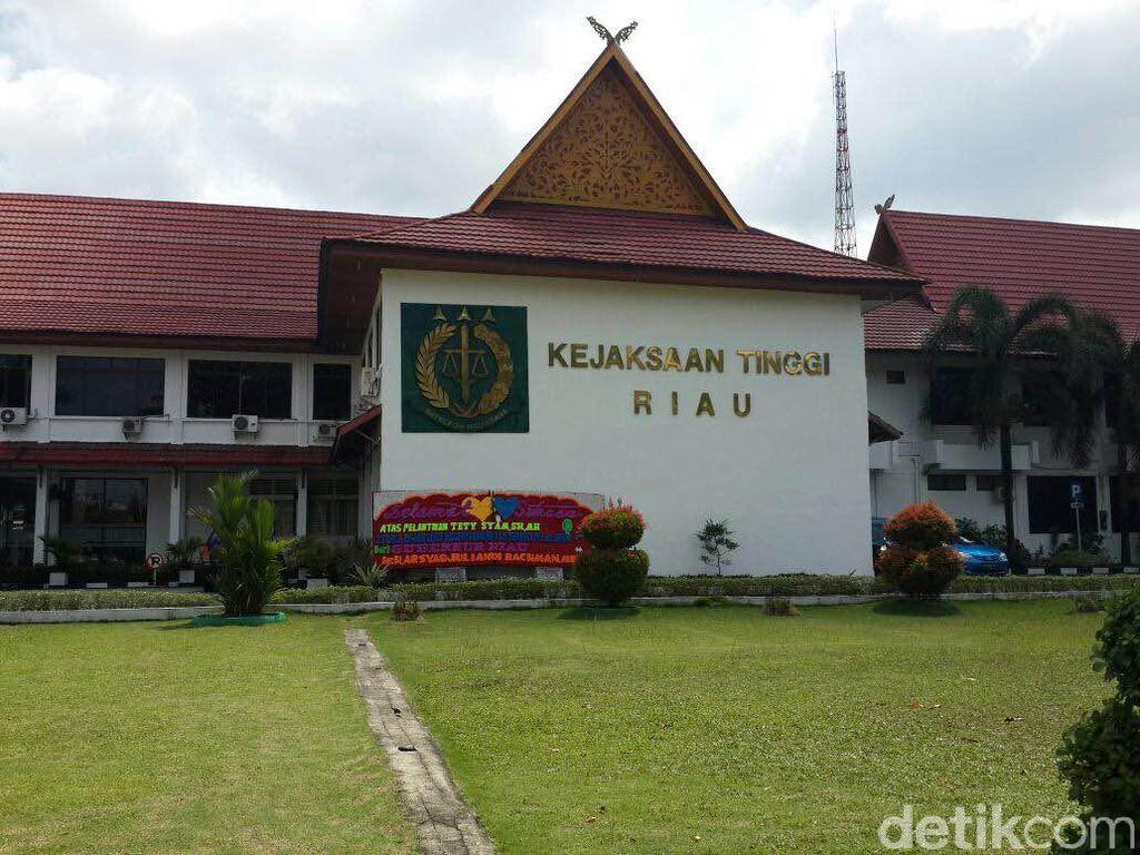 Buron Korupsi Dana Desa Riau Ditangkap Jualan Kopi di Jakarta