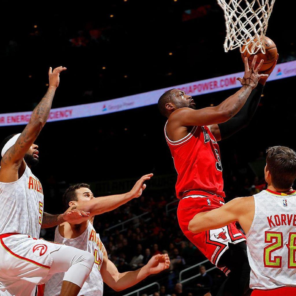 Kembali ke Miami, Wade Bantu Bulls Kalahkan Heat