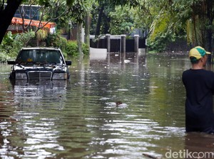 Hujan Deras, Hang Lekiu Terendam Banjir