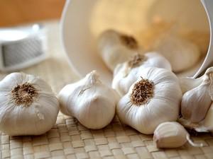Jika Tekanan Darah Sedang Tinggi, Atasi dengan Makan Kunyit, Bawang Putih dan Bit (1)