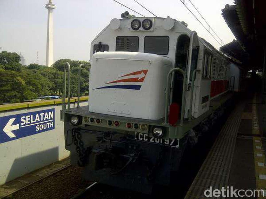 KA Walahar dan KA Jatiluhur Tak Berhenti di Stasiun Kemayoran Per 8 Juni