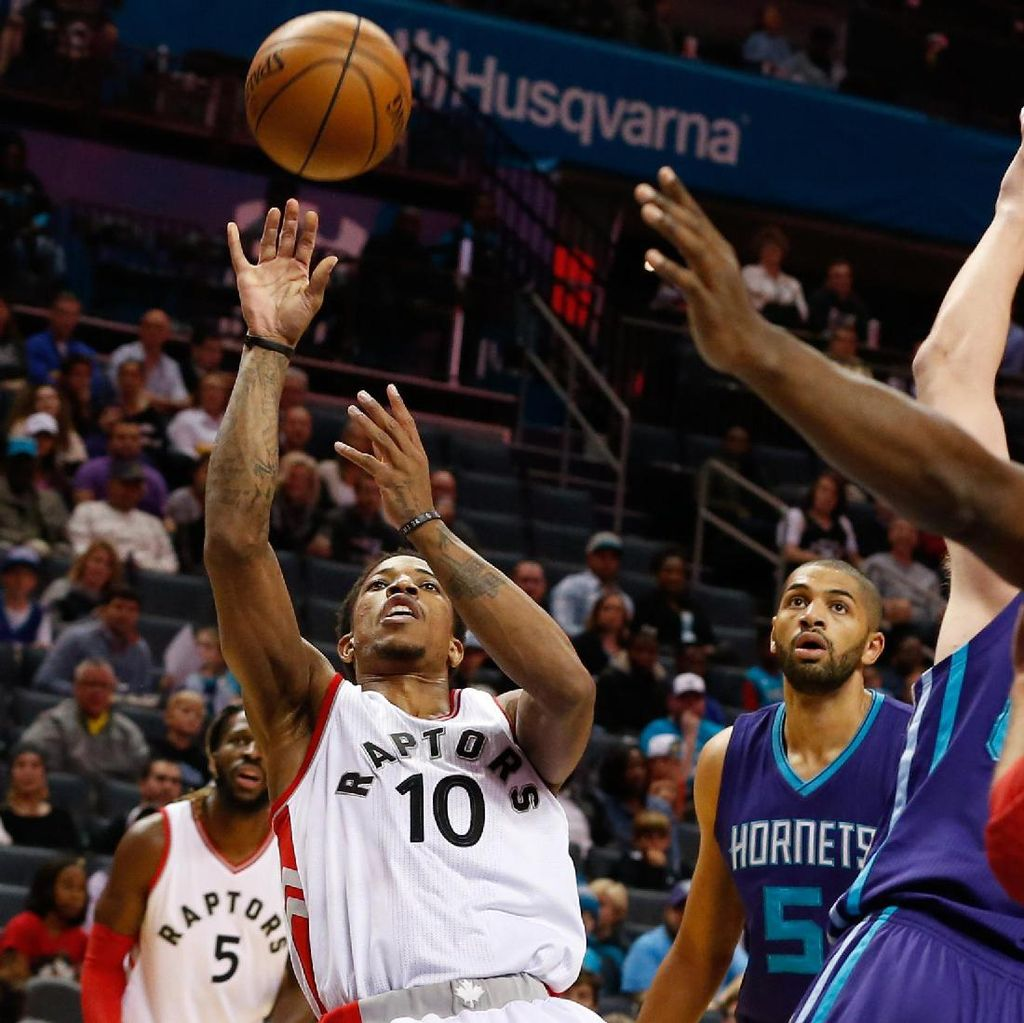 Hornets Disengat Raptors, Clippers Atasi Thunder