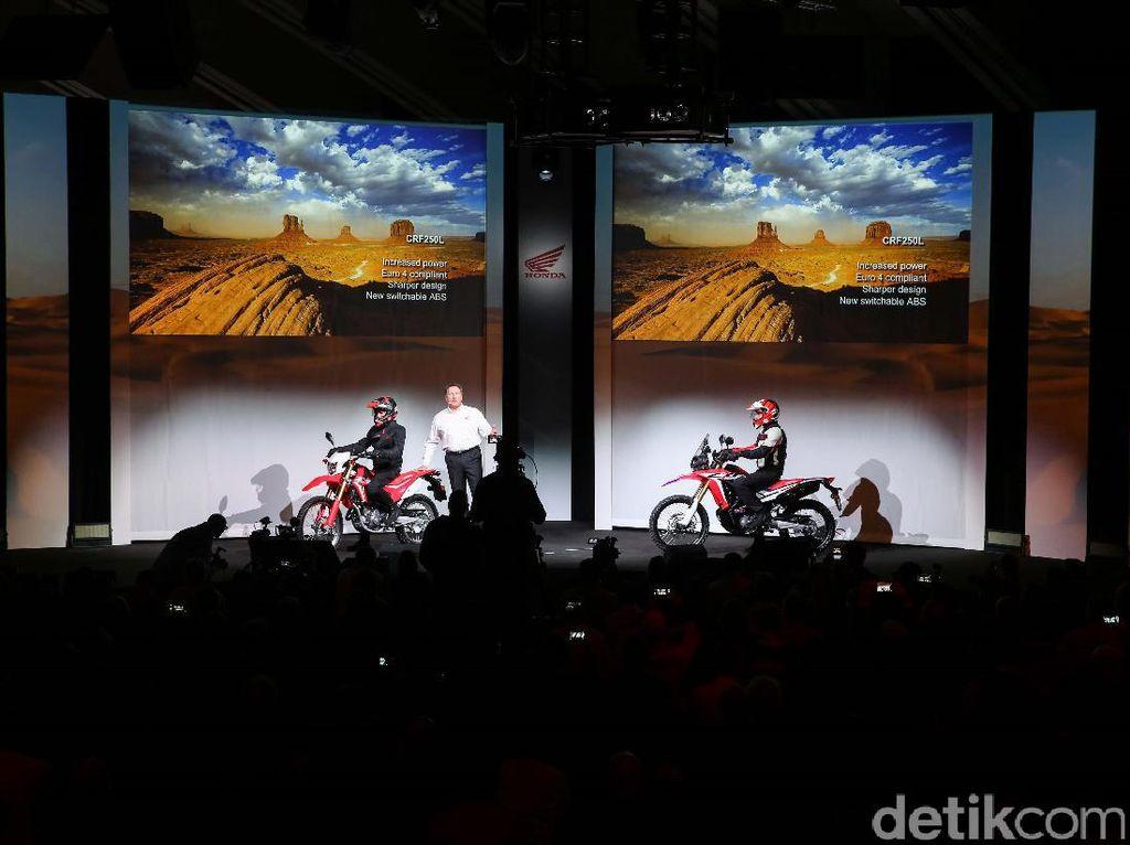 Motor Adventure Bermesin 250cc dari Honda