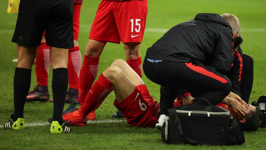 Lewandowski Hampir Kena Petasan
