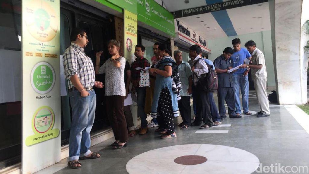 Layani Penukaran 500 dan 1.000 Rupee, Bank di India Tetap Buka Akhir Pekan