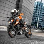 Ini KTM Duke dengan Mesin Terkecil