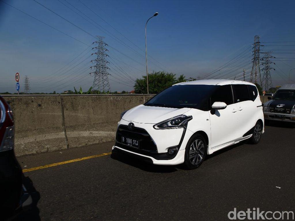 Kata Toyota Sienta Masih Oke, Intip Nih Penjualannya