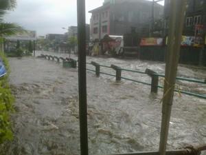 Banjir Hampir Satu Meter Kembali Melanda Jalan Pagarsih Bandung