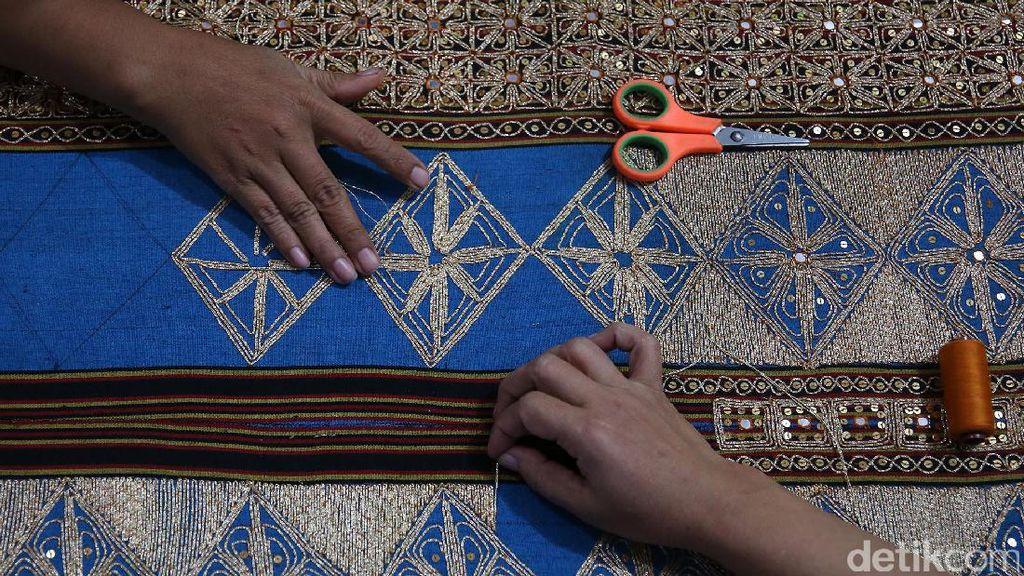 Risers Kunjungi Perajin Tapis Lampung