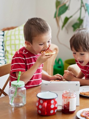 Pakar Gizi: Makan Gula Belum Tentu Bikin Anak Jadi Hiperaktif
