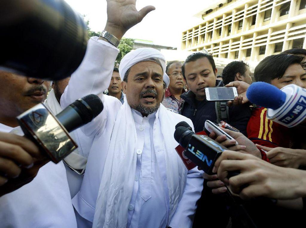 Habib Rizieq Hadiri Gelar Perkara Kasus Ahok