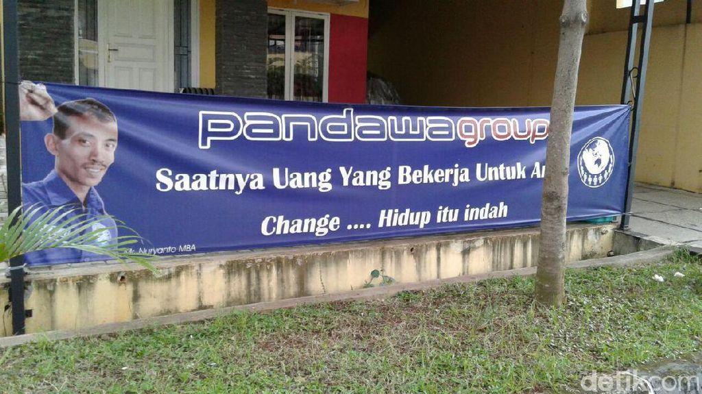 Tiap Malam Jumat, Rumah Bos Pandawa Group Ramai Pengunjung