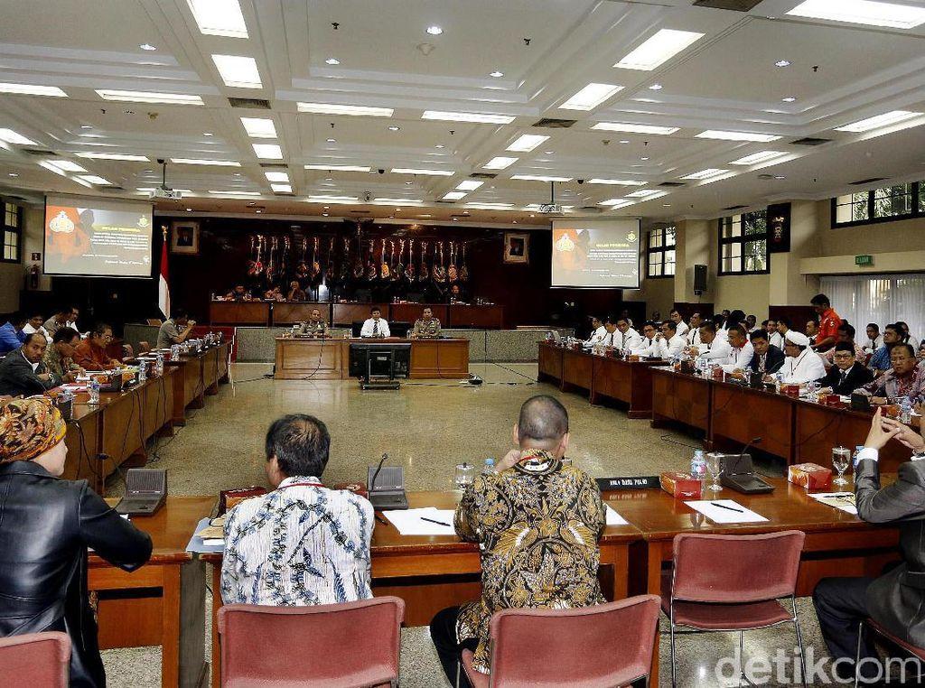 Kompolnas: Polri Gelar Perkara Ahok Sesuai UU dan Tanpa Intervensi