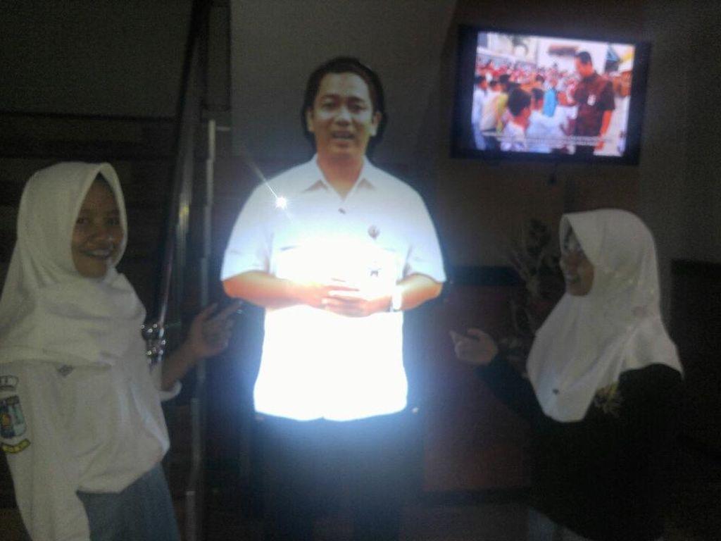 Wali Kota Semarang Hadir Dalam Wujud Hologram