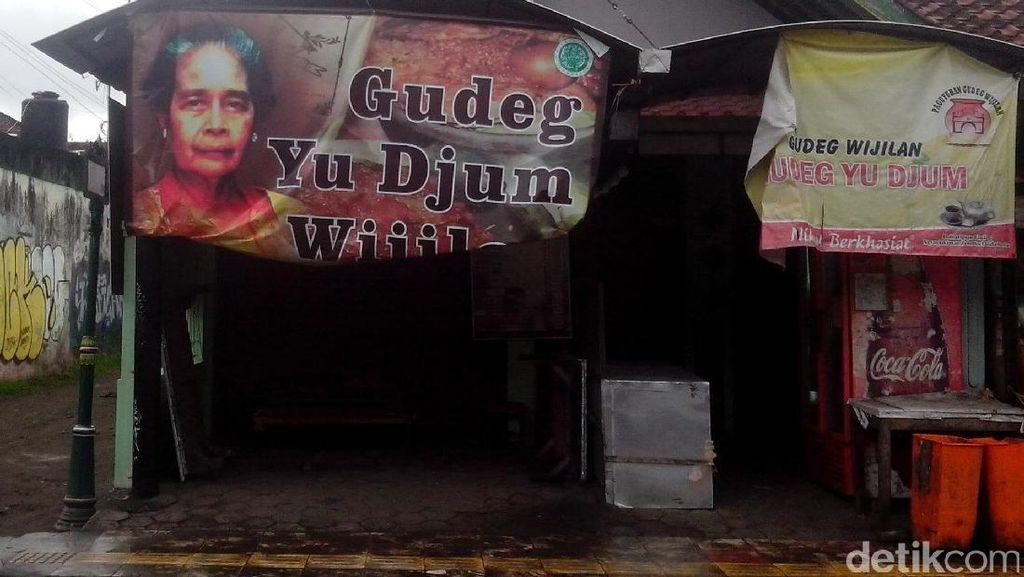 Yu Djum Dimakamkan Siang Ini di Dusun Karangasem Sleman