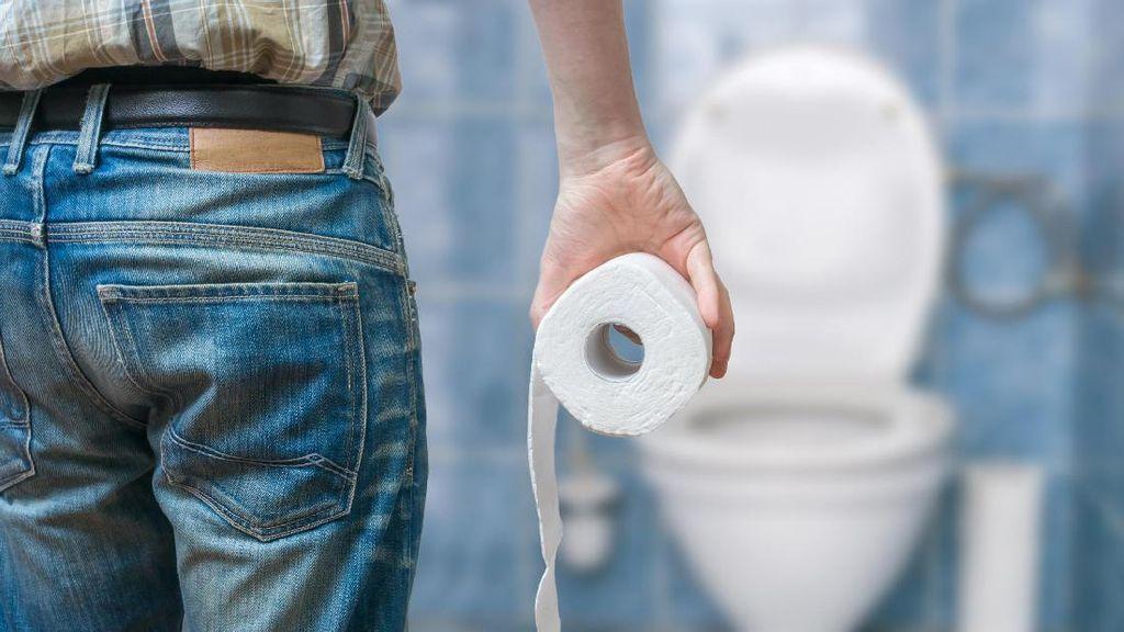 Berbagai Penyebab Orang Dewasa Ngompol di Celana