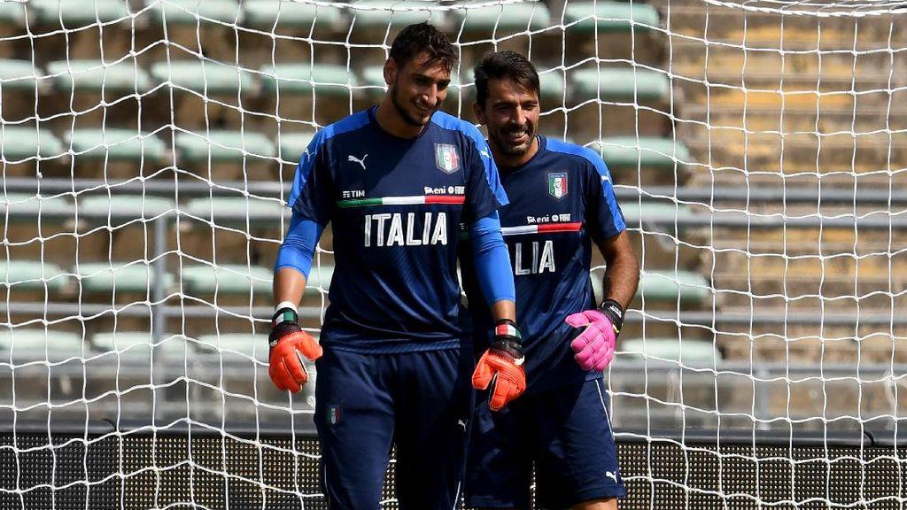 Karier Donnarumma di Timnas Italia Tergantung Buffon