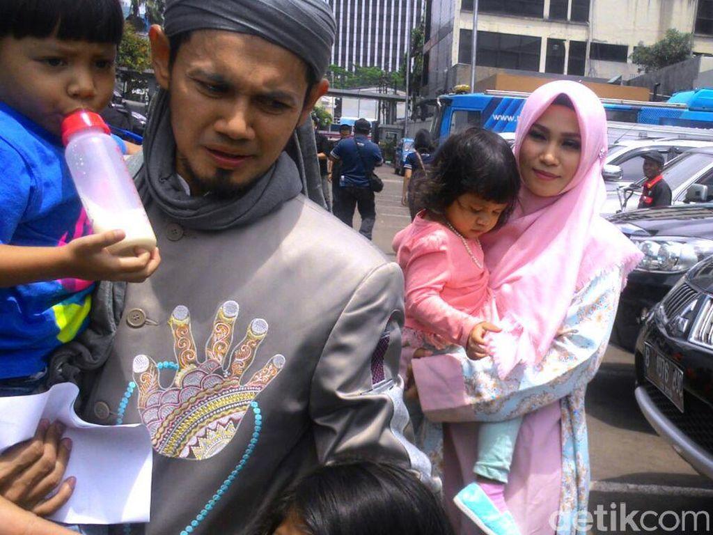 Sampai Saat Ini, Ayah Puput Tak Merasa Putrinya Sudah Dinikahi Guntur Bumi