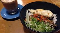 Nongkrong di Kafe Pejaten Ini Bisa Cicip Nasi Gyutan dan Cafe Mocha yang Sedap