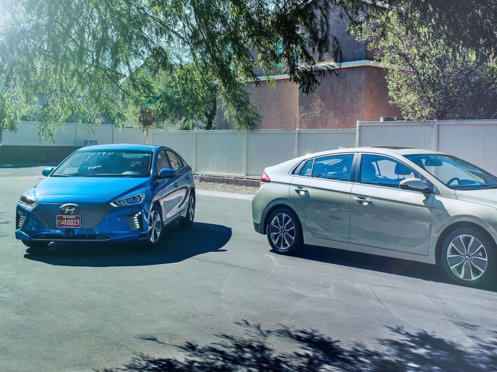 Hyundai Ioniq Jadi Mobil Otonom