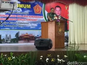 Beri Kuliah Umum di UKI, Panglima TNI: Jaga Bhinneka Tunggal Ika