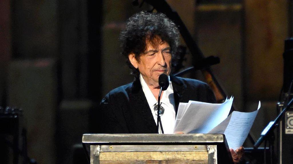 Tak Hadir di Malam Penganugerahan Nobel, Bob Dylan Tulis Pidato