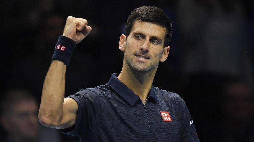 Djokovic Sapu Bersih Laga di Fase Grup