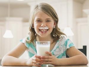 Minum Susu Full-Cream, Anak Justru Lebih Langsing daripada Minum Susu Skim