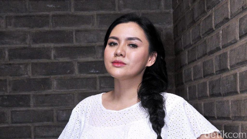 Vicky Shu Ajak Pacar Silahturahmi Keluarga, Sudah Lamaran?