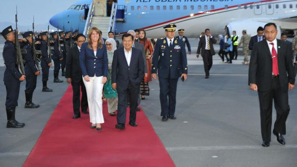 Mendarat di Peru, JK Dijadwalkan Bertemu Presiden Vietnam dan PM Papua Nugini