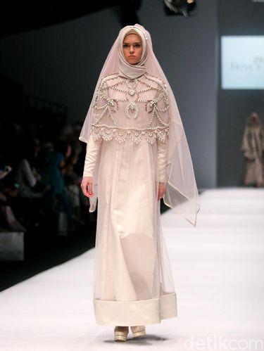 Koleksi Irna Mutiara.