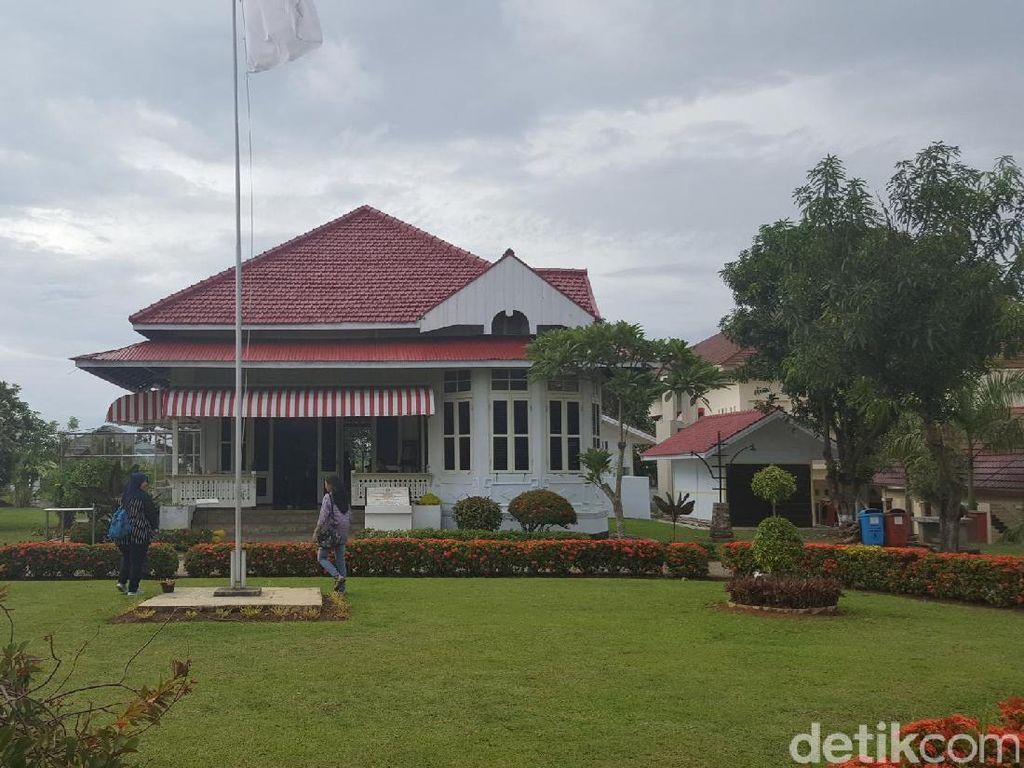 Seperti Apa Isi Rumah Pengasingan Bung Karno di Bengkulu?