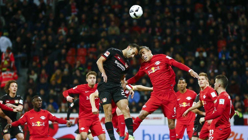 Kalahkan Leverkusen, RB Leipzig Puncaki Klasemen