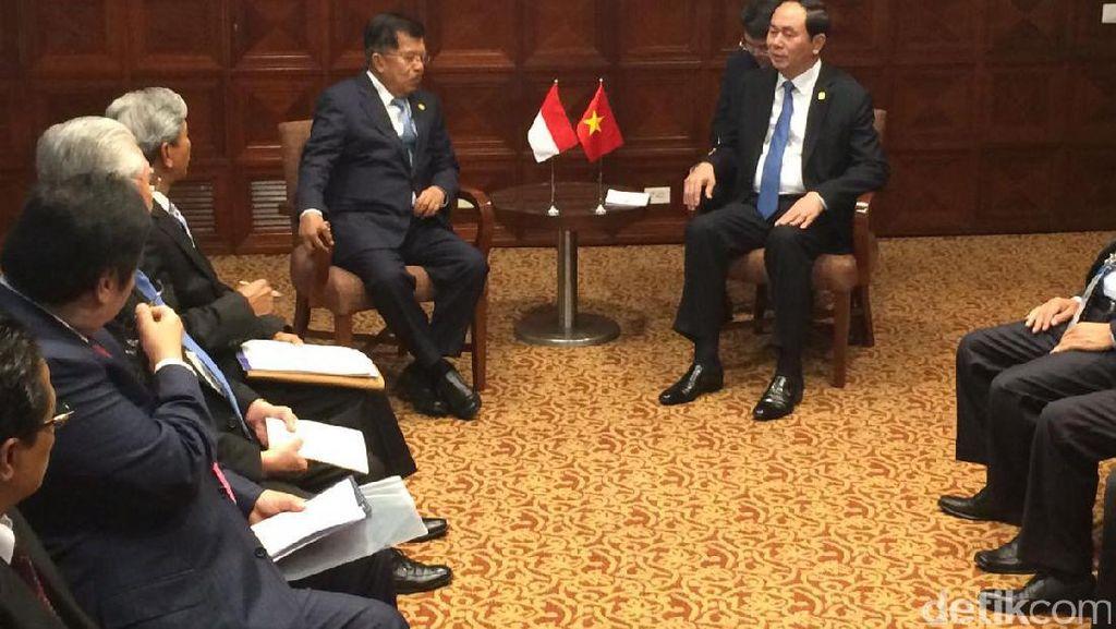 Bertemu Presiden Vietnam, JK Bahas Upah Buruh Antar Negara