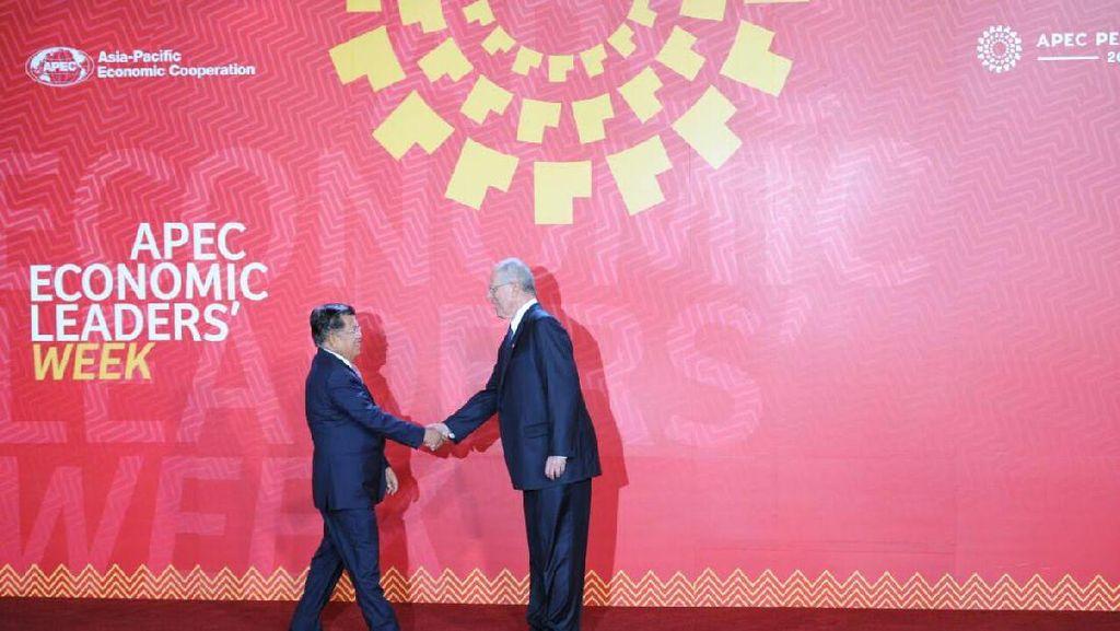 Plesetan di APEC, TPP Jadi Trump Pacific Partnership