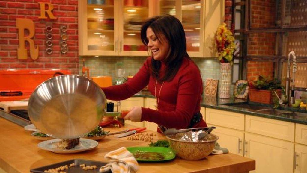 Studi: Acara Masak di TV Berikan Tayangan Teknik Masak yang Belum Ikuti Aturan Keamanan Pangan
