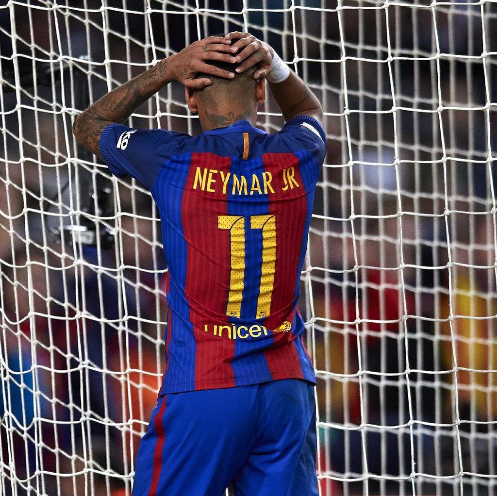 Sedang Puasa Gol, Neymar Malah Cedera