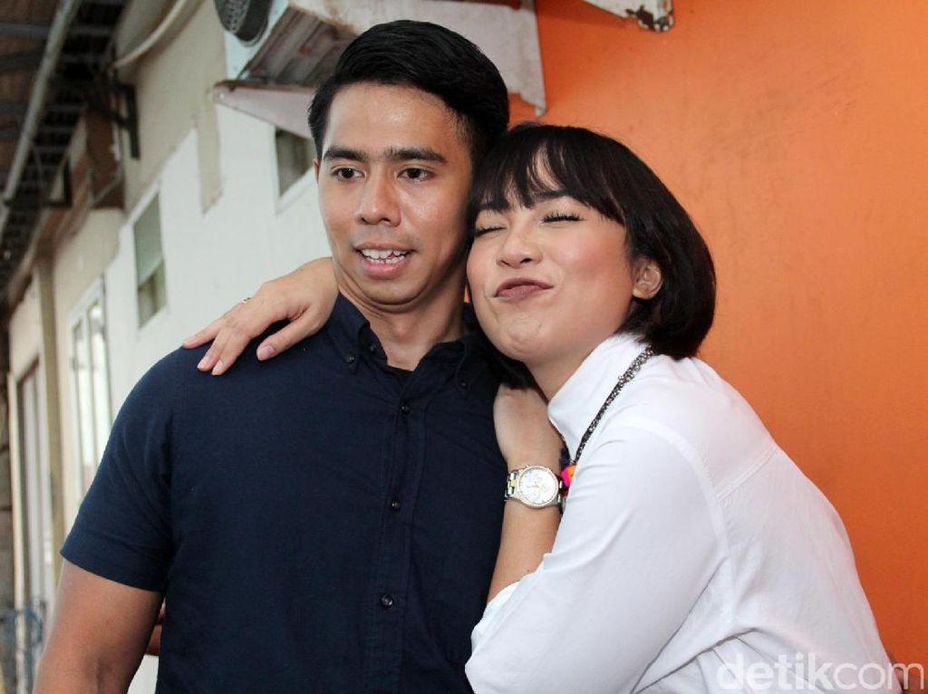 3 Tahun Menikah, Fitri Tropica Tetap Usaha Miliki Anak