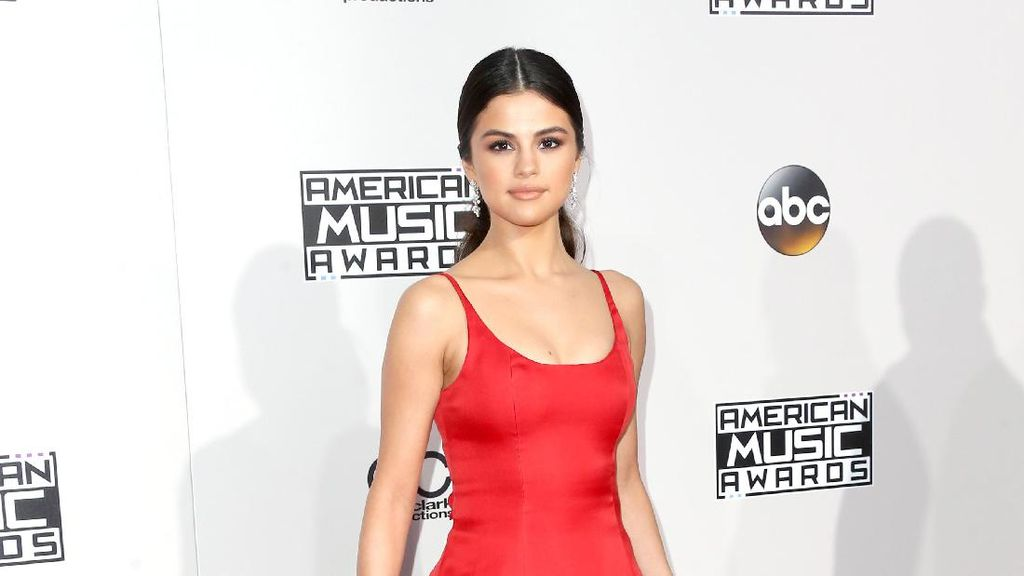 Pasca Direhab 3 Bulan, Selena Gomez Balik ke Instagram