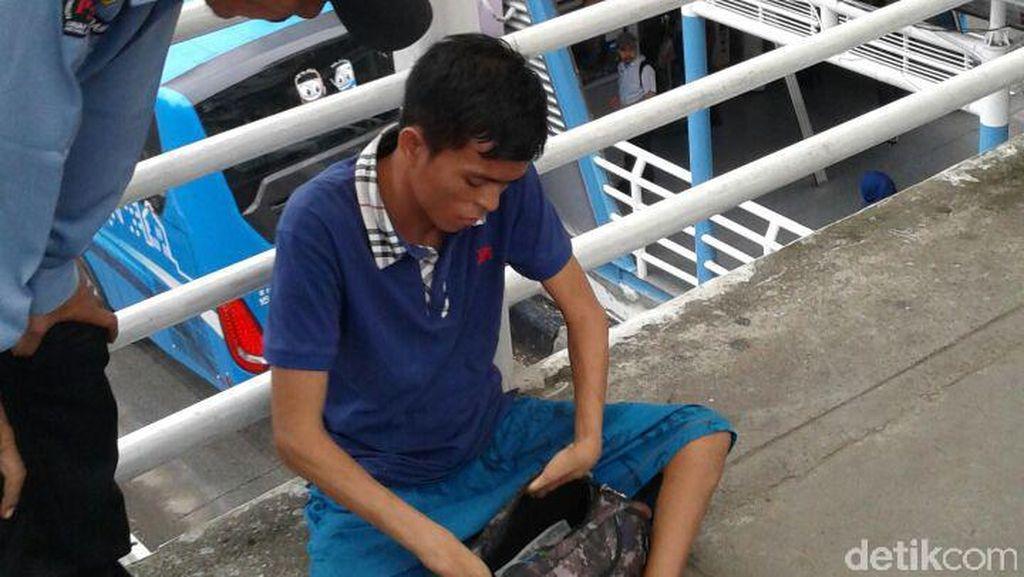 Pengemis Pakai Note 3 & iPhone 5S Diciduk di Sarinah