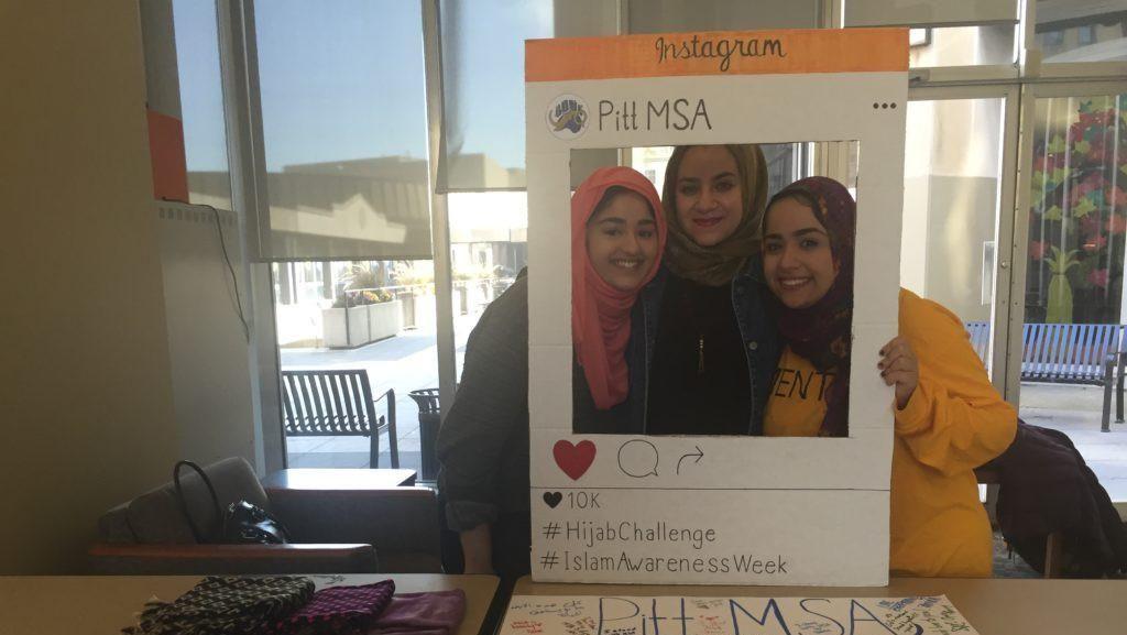 Mahasiswi AS Coba Berhijab 1 Hari Pasca Pemilu Demi Pecahkan Stereotipe