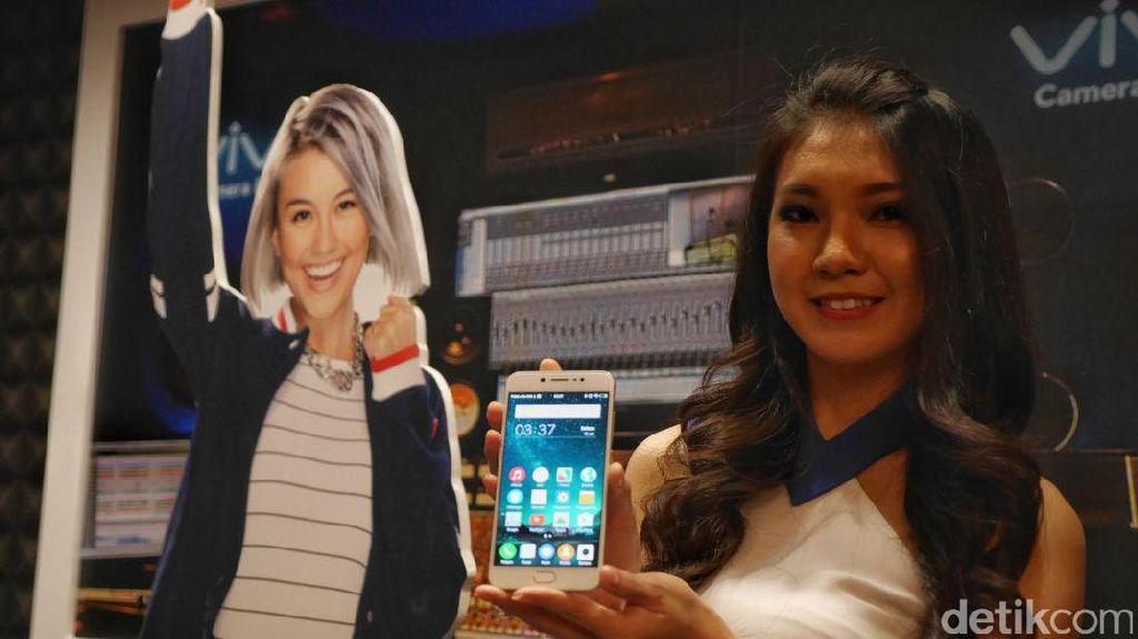 Kejutan Lanjutan Vivo: Dua Kamera Depan 20MP