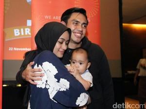 Timun dan Pisang, Sajian Makanan Ramadan Ayudia Bing Slamet untuk Suami