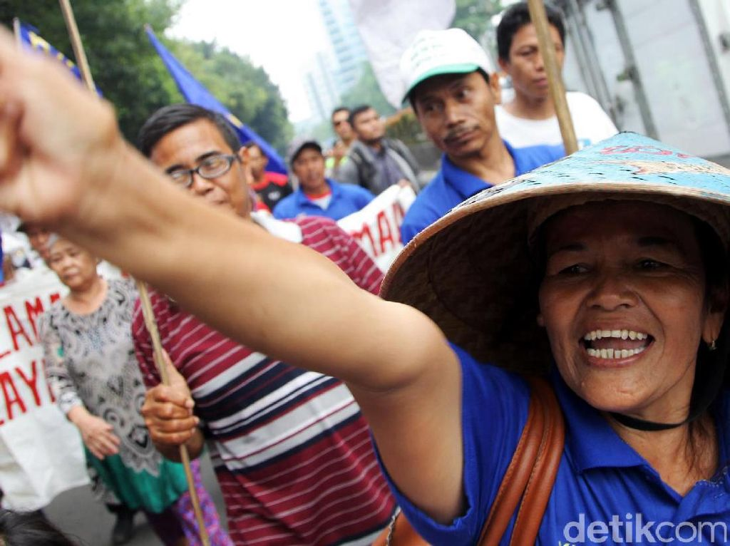 Nelayan Teluk Jakarta Demo Kedubes Belanda