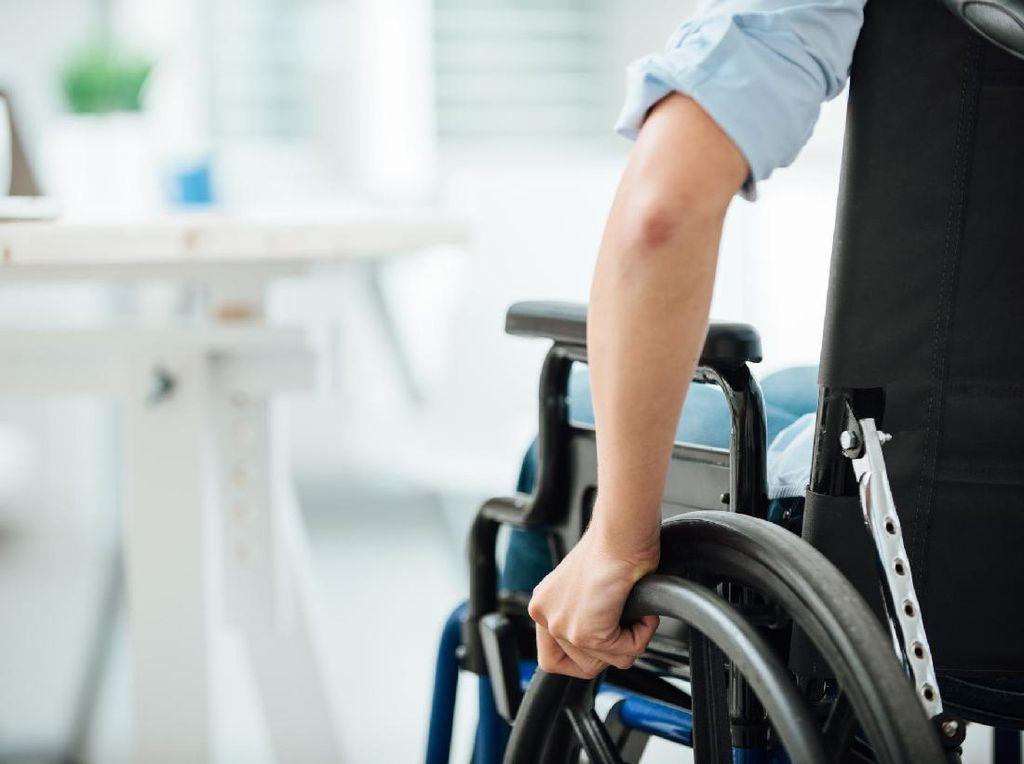 Pesan Buat Penyandang Disabilitas, Jangan Takut Jadi Dokter
